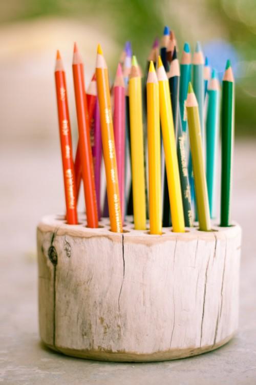 ไอเดีย DIY ที่ใส่ดินสอจากท่อนไม้